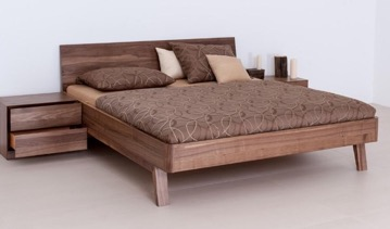 Massivholz-Schlafzimmer