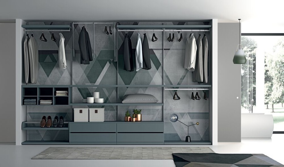 Begehbarer Schrank made in Italy