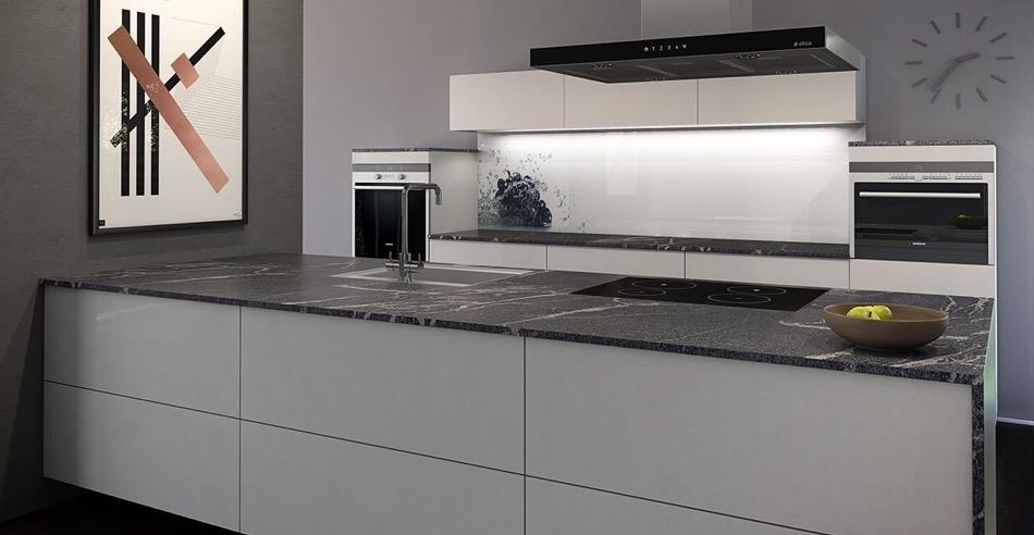 Küchendeitail Naturstein-Arbeitsfläche