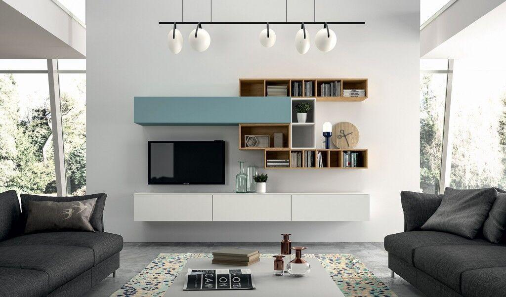 Wohnwand in weiß, türkis und Holz
