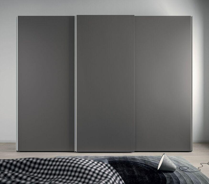 Schlafzimmer-Schiebetürenschrank in grau