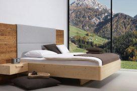 Massivholz-Bett in Zirbe, Kopfteil in Altholz