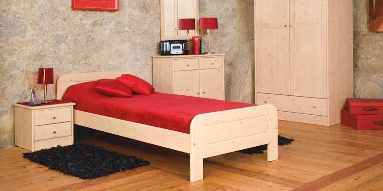Einzelbett, Schrank und Beimöbel in Buchenholz