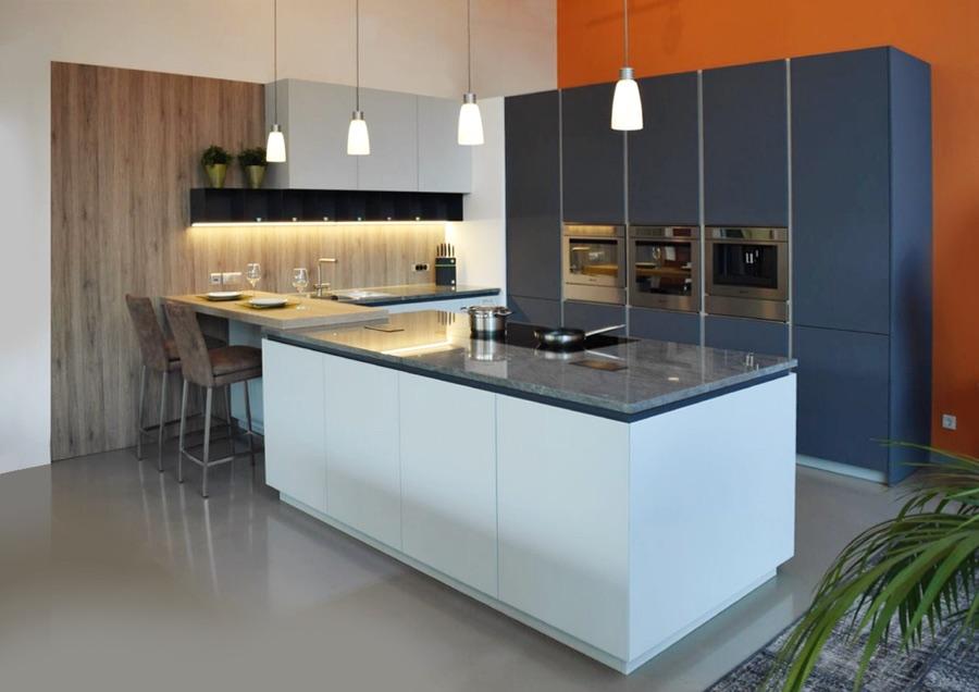 Küche antrazithgrau, weiß