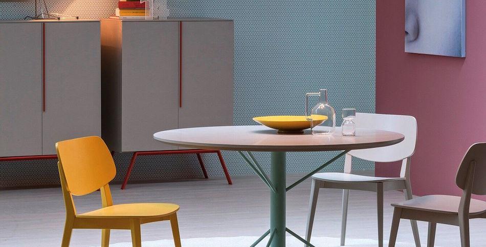 Sideboard, Tisch