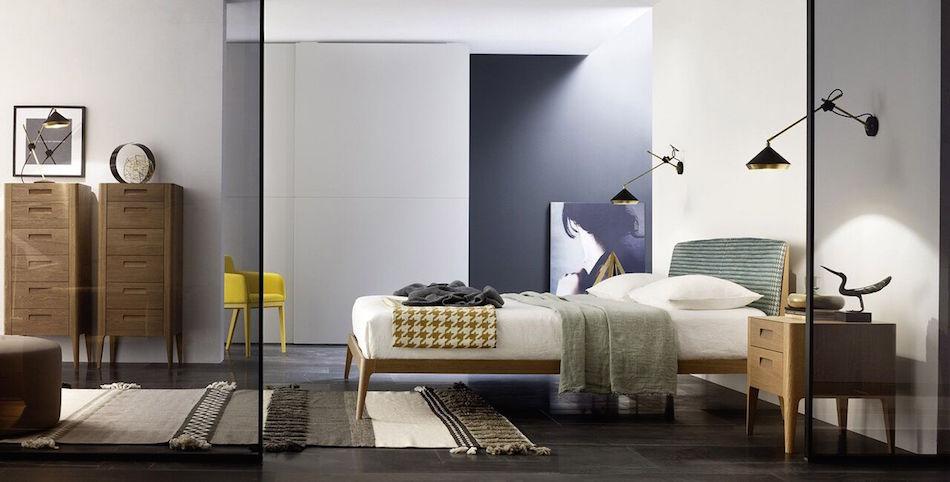 Modernes Bett, Nachtkästchen