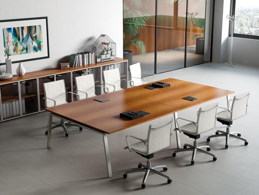 Großer Besprechungstisch Holz/Metallrahmen