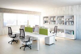 Bürotische für kleinere Arbeitsgruppen, Ablagen weiß/lindgrün