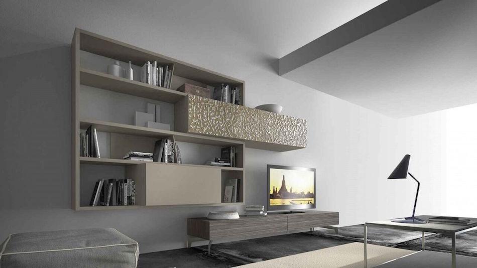 Moderne Wohnwand mit Dekorelementen