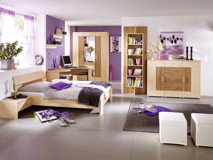 Jugendzimmer in hellbraun/Holz