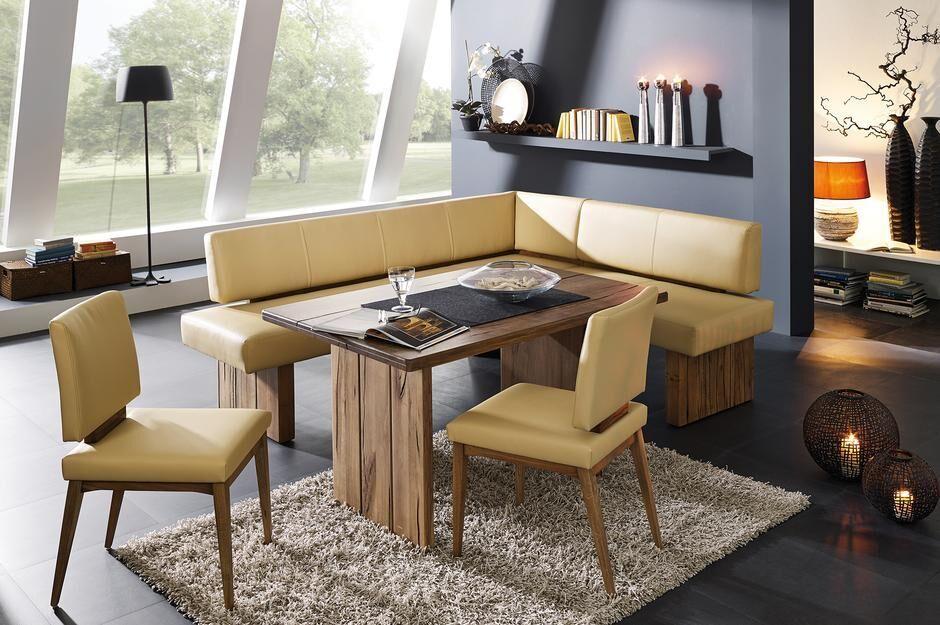 Eckbank mit Lederbezug, Tisch, 2 Stühle