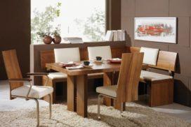 Eckbank mit Tisch und 3 Hochlehner-Sesseln