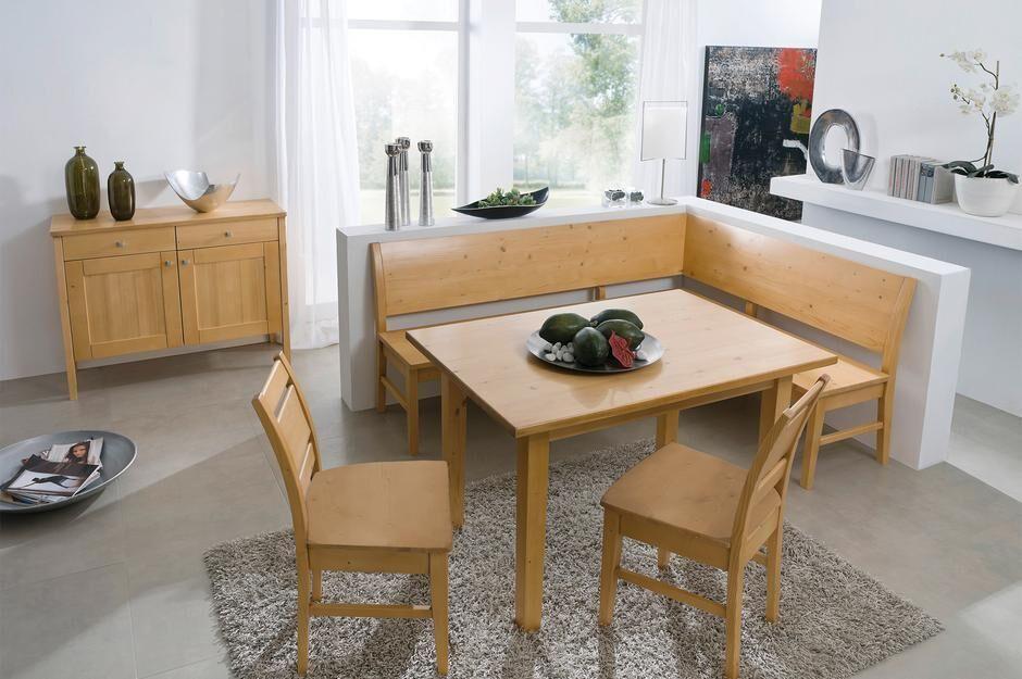Speisezimmer, Eckbank, Tische, 2 Stühle und Anrichte