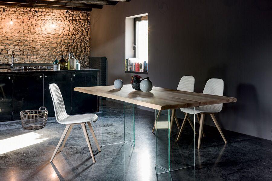 Tischgruppe mit Acrylglas-Gestell