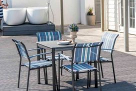 Gartentisch mit Stühlen Metall/Bezug blau/weiß