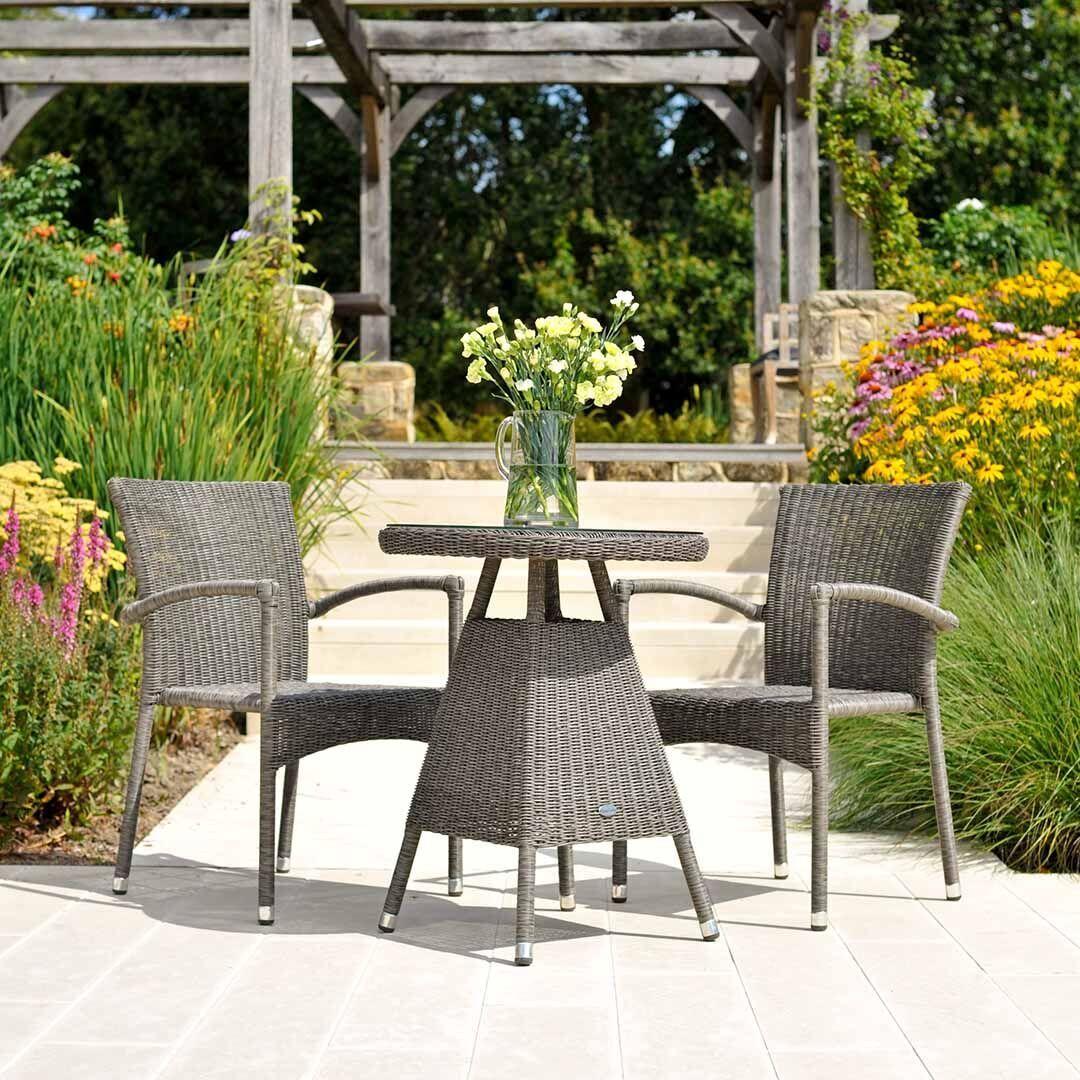 Gartentisch mit 2 Stühlen Flechtmöbel/graubraun