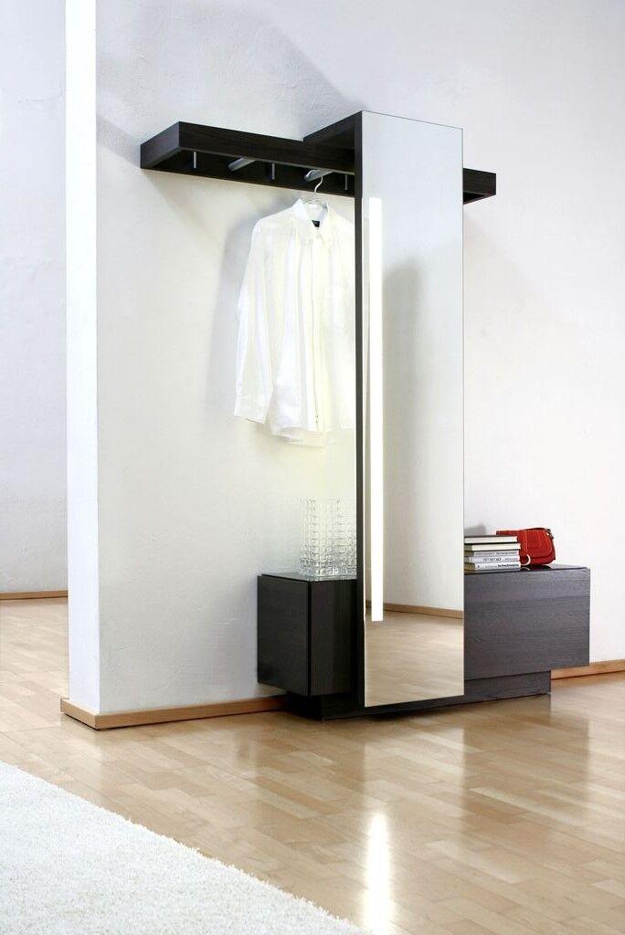 Aufgeräumte Idee für die Garderobe
