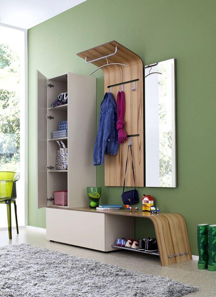 Bugholz-Garderobe