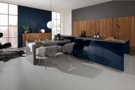 Küche Lack tiefblau / Eiche Trüffel