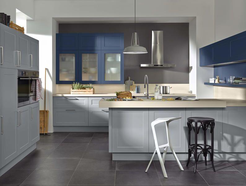 Küche tiefblau / grau
