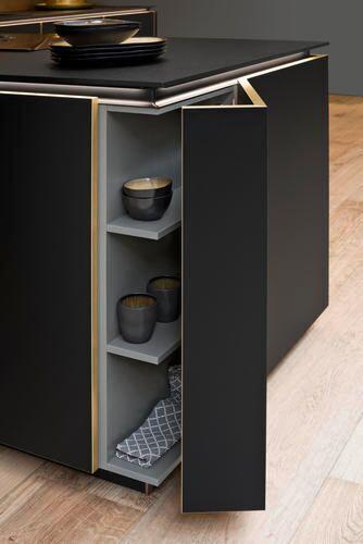 Küchendetail Flair-schwarz / Cortenstahl